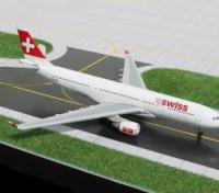 Gemini Jets Swiss International (New Colors) Airbus A330-200 HB-IQC 1:400 Diecast Model GJSWR360