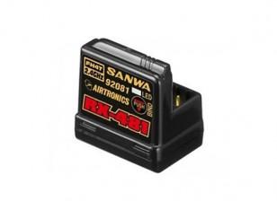 Sanwa RX-481 2.4GHz FH3 / FH4T Super Response Receptor de 4 canais com Built-in antena