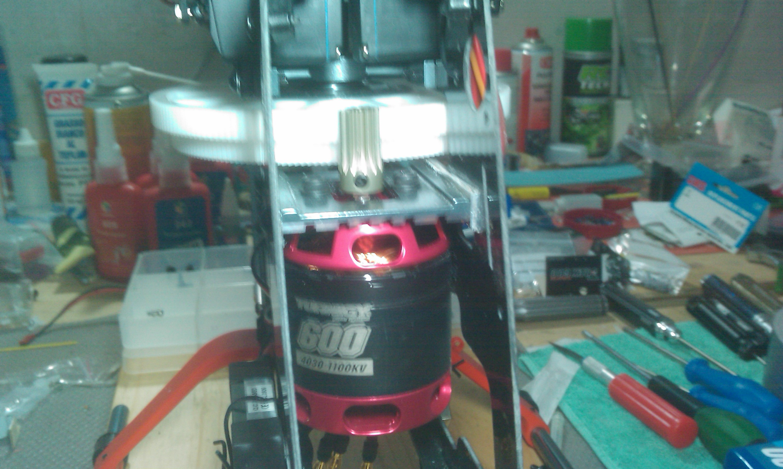 Turnigy T600 Brushless Outrunner For 600 Heli 1100kv